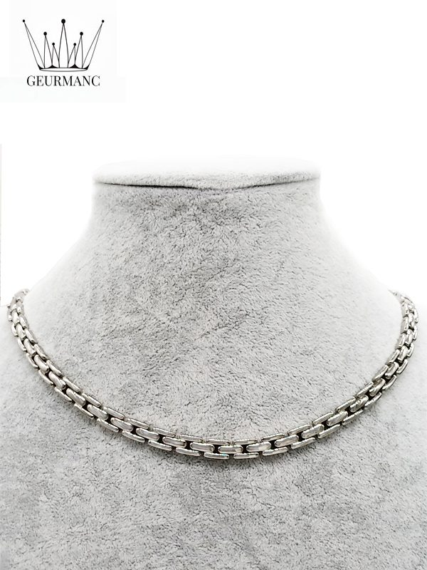 Lukas S silver – necklace <gemstone: 22 germanium + 23 rocky stone> (English)
